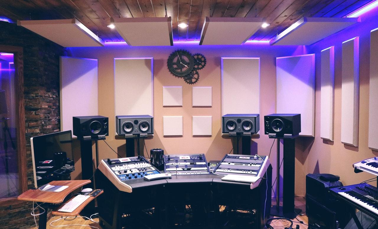 Reklama radiowa - Studio nagrań